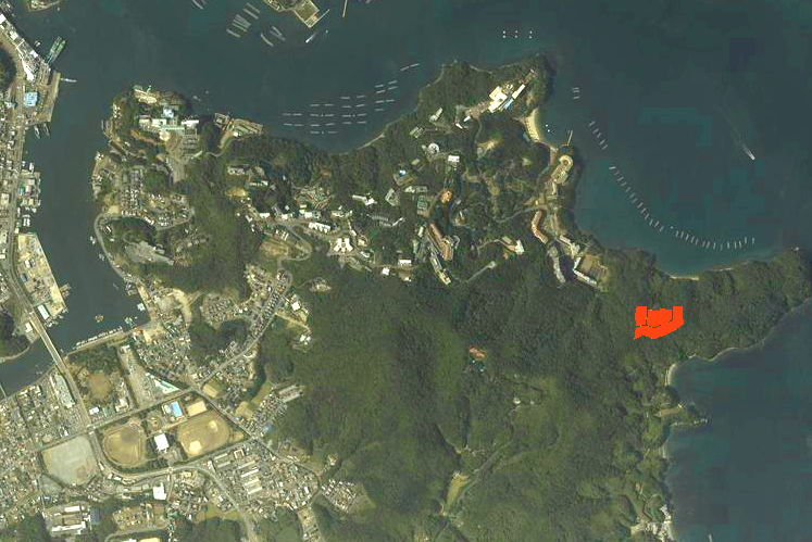 三重県鳥羽市安楽島町字腰掛にある普通林(実測4350坪)です。 環境、景観良好