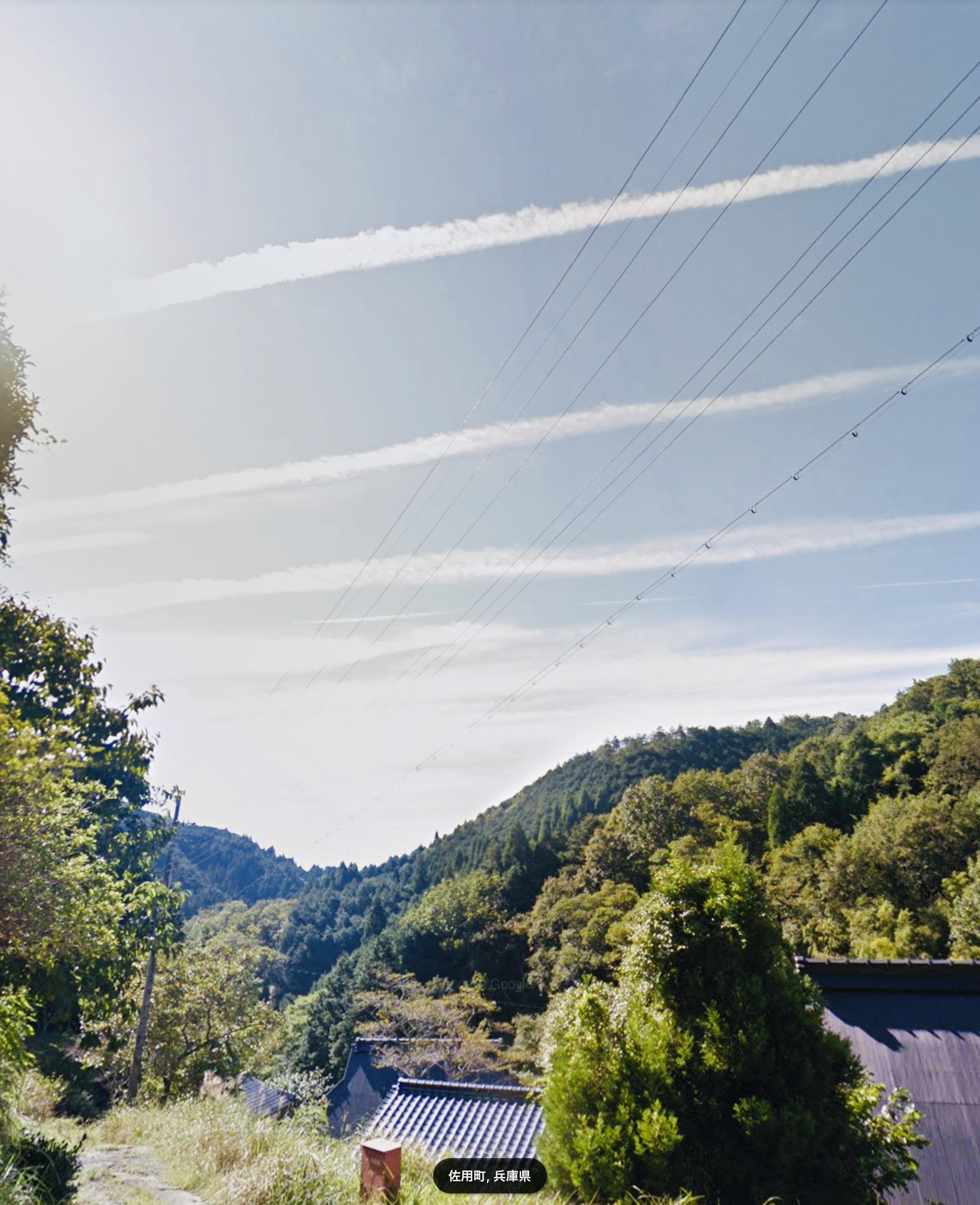 兵庫県佐用郡佐用町大日山にある古民家付、山林、田畑です。
